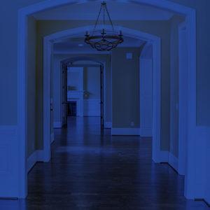 Imagem de corredor de casa
